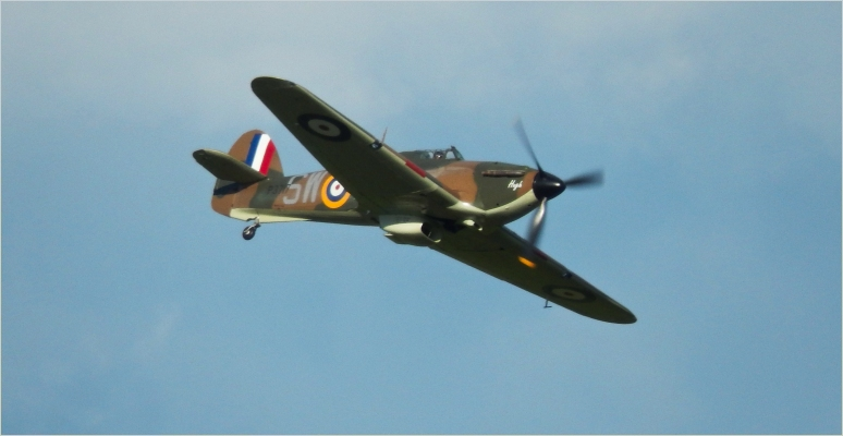 Hawker Hurricane Mk IA - Alongside the Spitfire the pair formed a formidable partnership